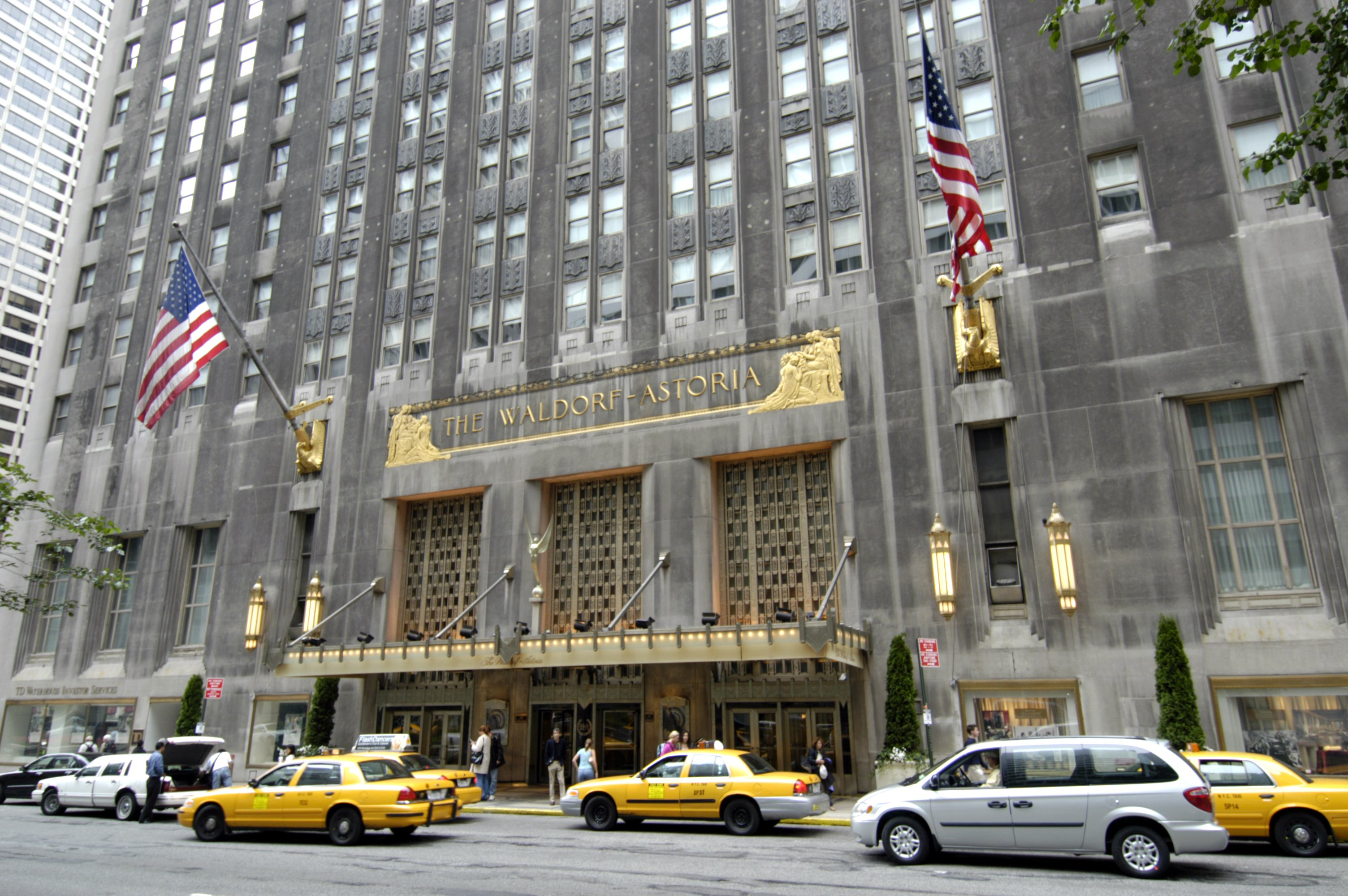 THE WALDORF ASTORIA HOTEL, PARK AVENUE, MANHATTAN, NEW YORK, AMERICAVARIOUS