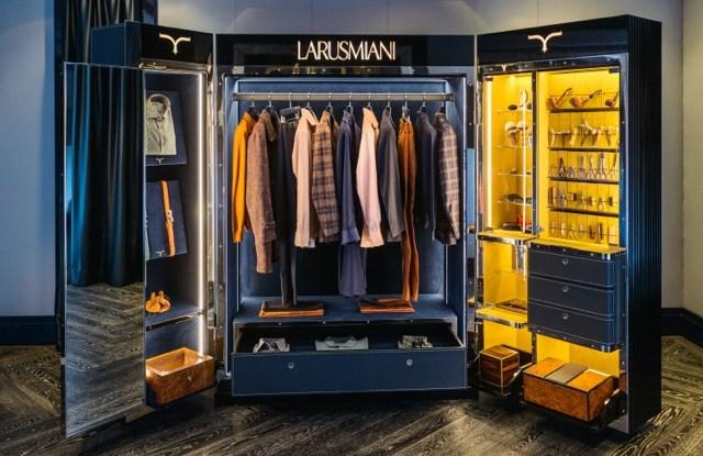 "Larusmiani ""Gentlemen's Trunk"""