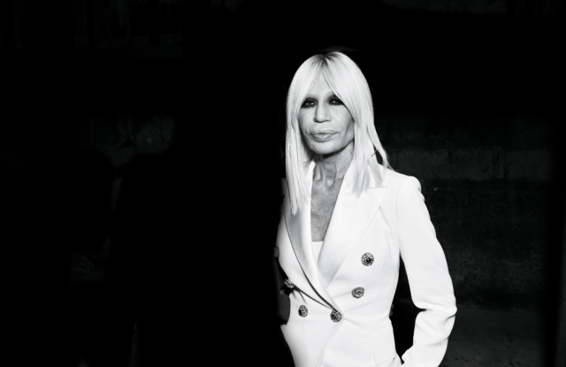 Women Fashion Designers: Donatella Versace
