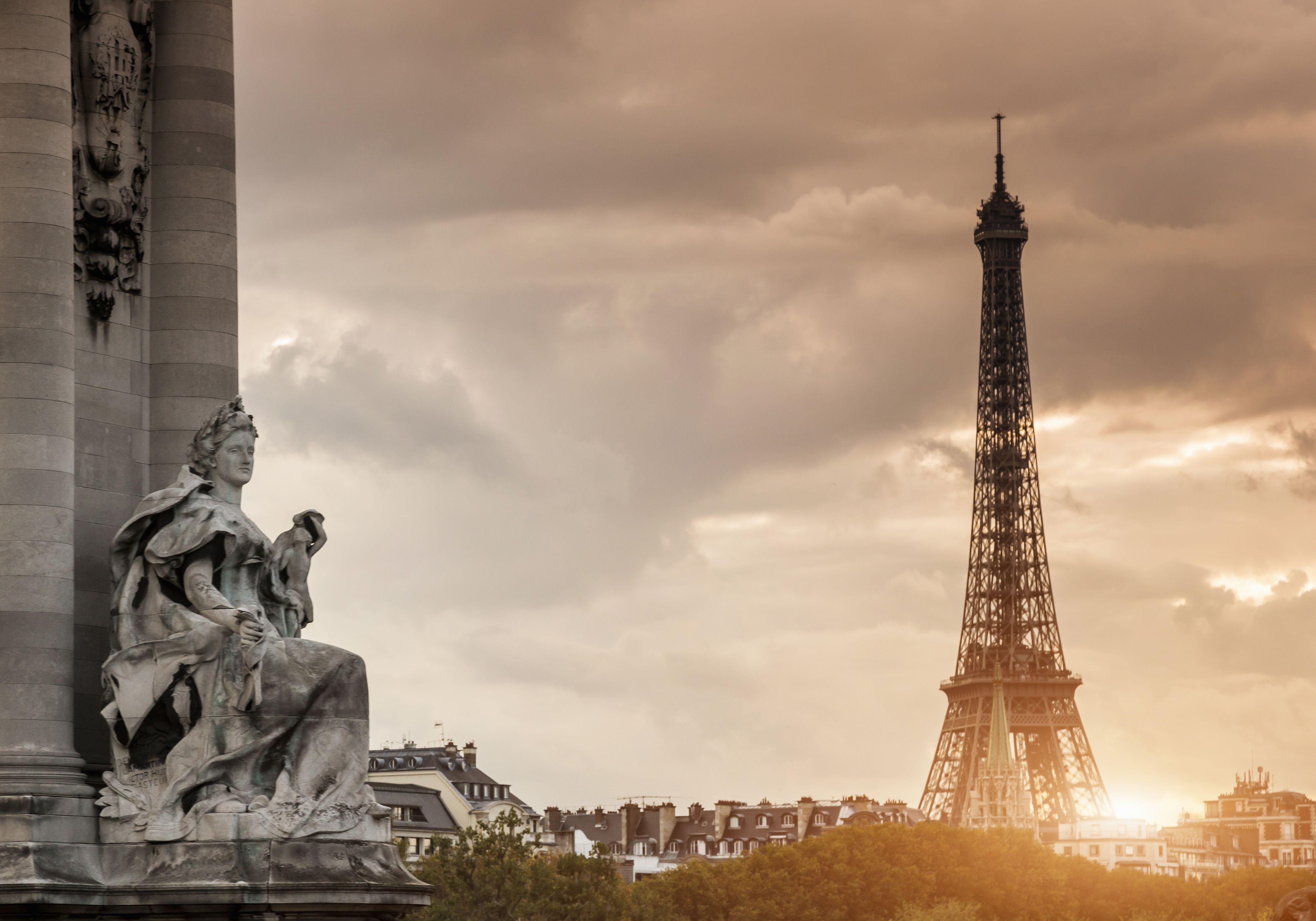 Minimum usage fee is £35Mandatory Credit: Photo by Cultura/REX/Shutterstock (4605418a)Sculpture on Pont Alexandre III bridge and Eiffel Tower, Paris, FranceVARIOUS
