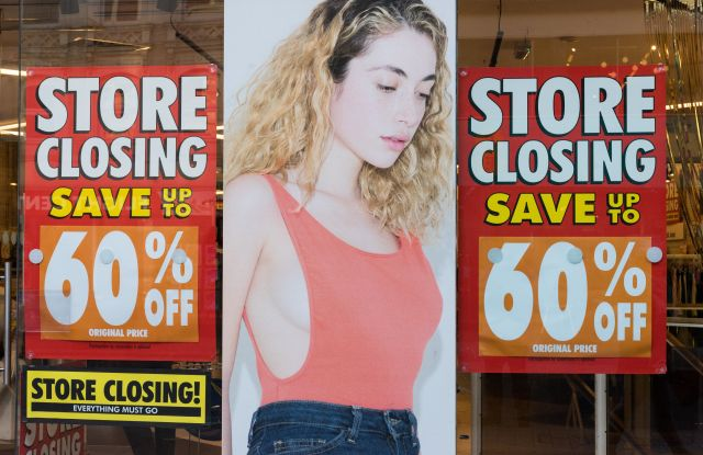 Exterior of American Apparel store with sale signs in Oxford Street. An announcement stated all of the UK and European stores will close after falling into administration.American Apparel franchise to close in Europe, London, UK - 05 Dec 2016