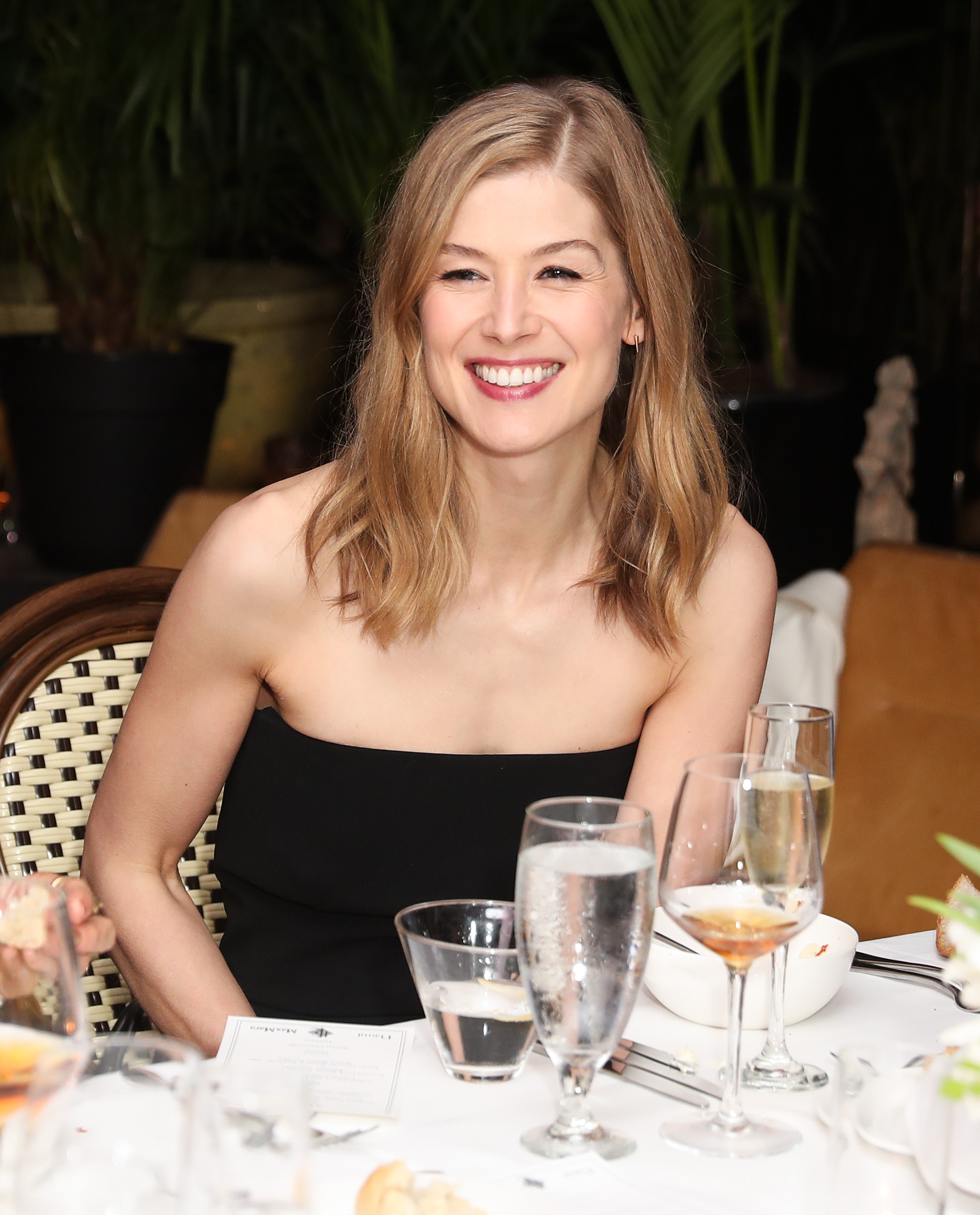Rosamund PikeMax Mara x Flaunt Dinner, Los Angeles, USA - 17 Mar 2017