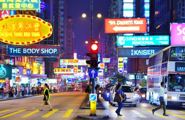 Hong Kong retail rents continue to fall, which is allowing more independent retailers to open shops.