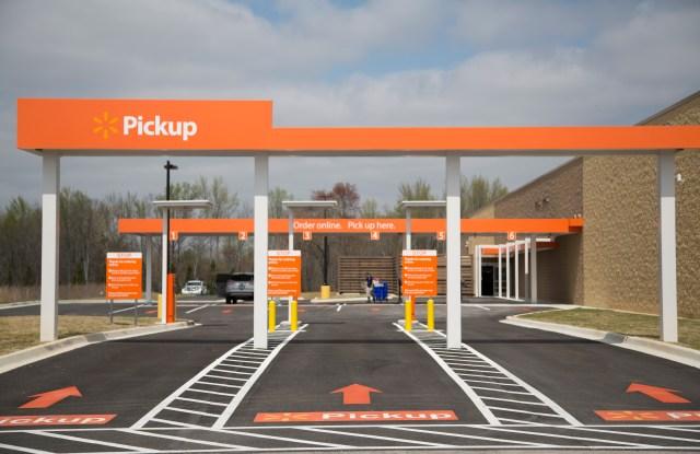 Walmart grocery pick-up drive-thru