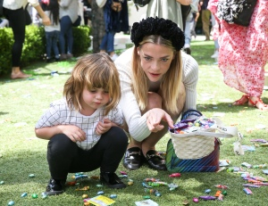 Jaime King AKID Brand Presents: The Egg Hunt 2017