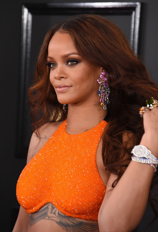 Rihanna wearing Chopard earrings at the 2017 Grammy Awards.