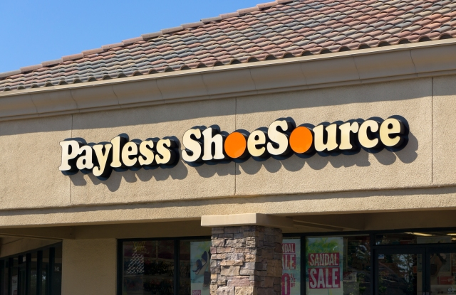 Payless closing stores