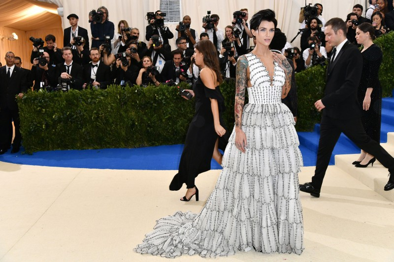Red Carpet Dresses At Met Gala 2017 Dresses And Gowns From J Lo More Wwd
