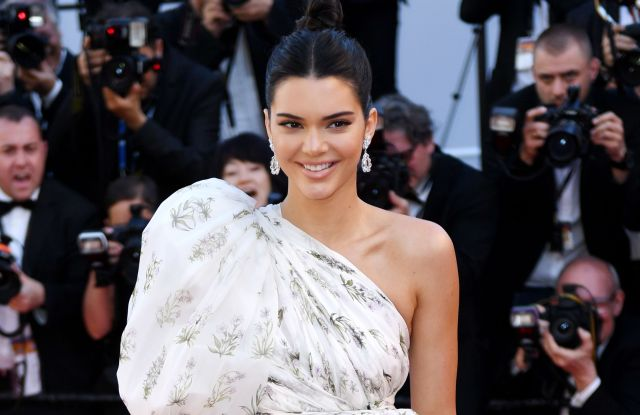 Kendall Jenner'120 Beats Per Minute' premiere, 70th Cannes Film Festival, France - 20 May 2017WEARING GIAMBATTISTA VALLI SAME OUTFIT AS CATWALK MODEL *7977722af