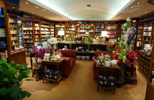 Inside Mazzolari perfumery