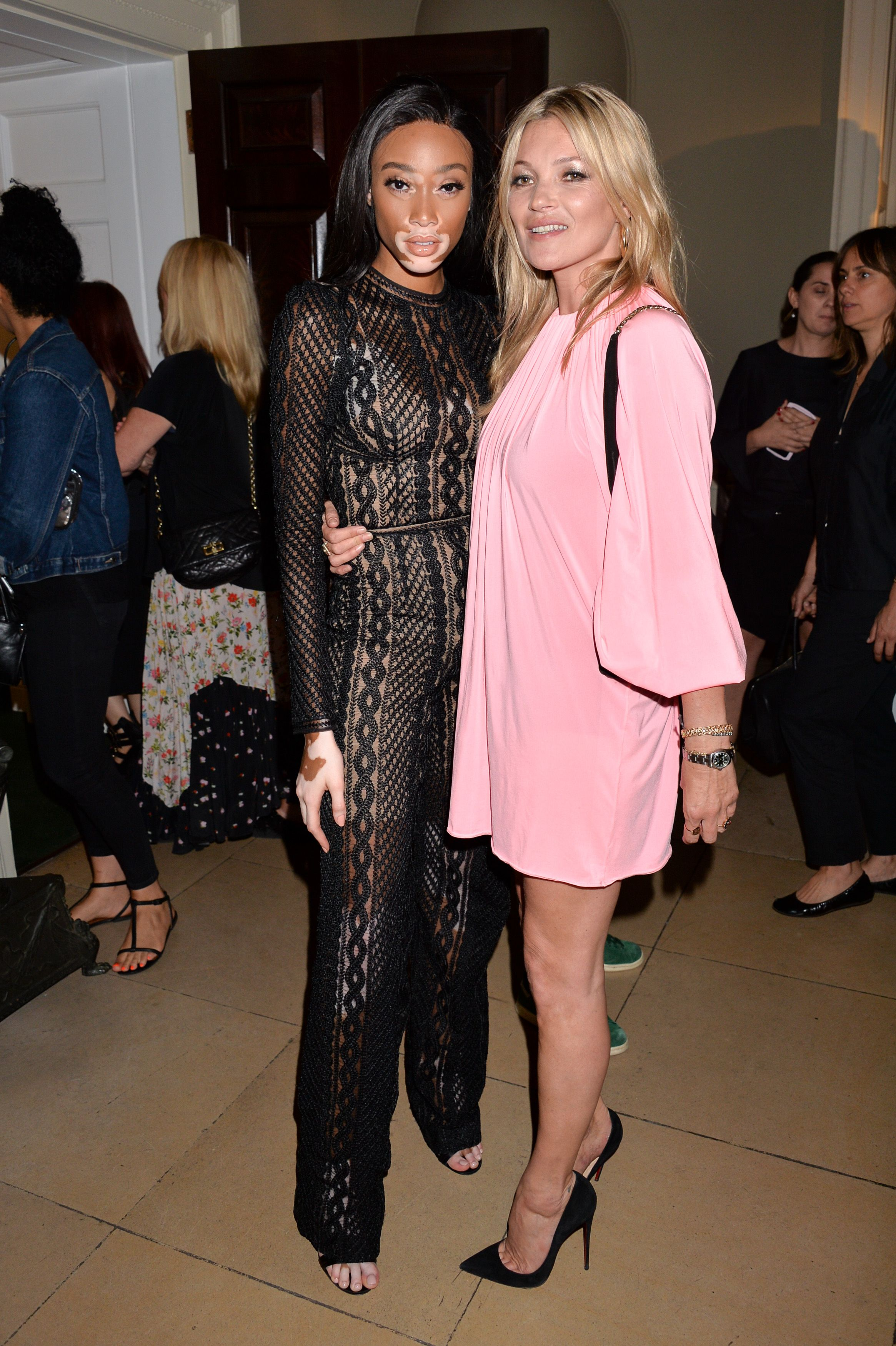 Winnie Harlow and Kate Moss (in Ermanno Scervino)