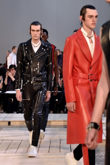 Models on the catwalkAlexander McQueen show, Runway, Spring Summer 2018, Paris Fashion Week Men's, France - 25 Jun 2017
