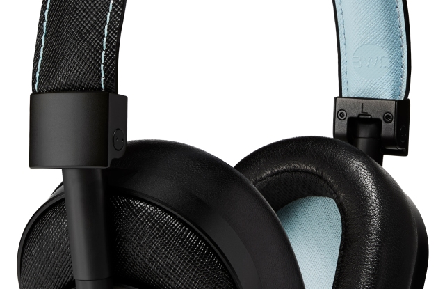 The Master & Dynamic Bamford Watch headphones.