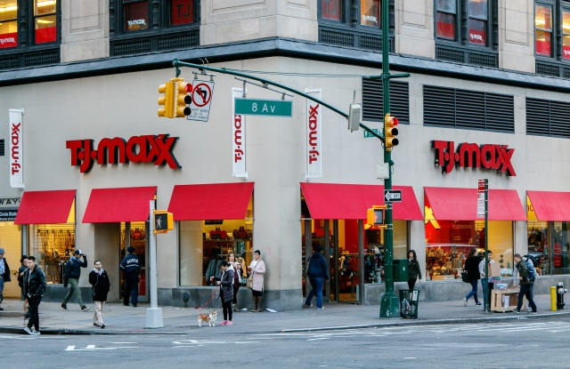 Off-pricers such as T.J. Maxx are the projected beneficiaries when other stores close their doors.