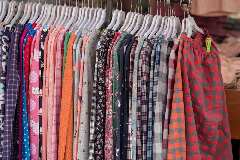 Adyen apparel market