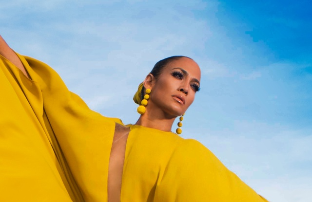 "Jennifer Lopez poses in Islamorada, Fla. for the cover of her latest single, ""Ni Tu Ni Yo."""