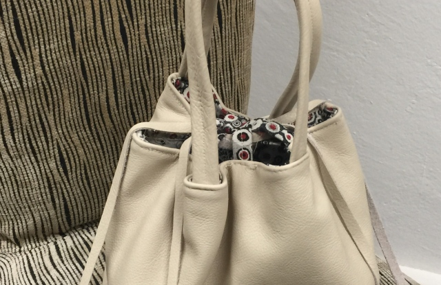 Enrico Lucich's Voila Haviland bag that is produced in Italy.