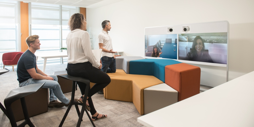 Yoox Net-a-Porter tech hub