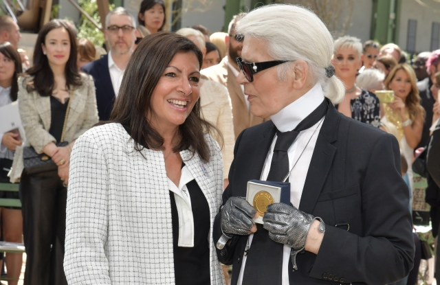 Anne Hidalgo and Karl Lagerfeld.