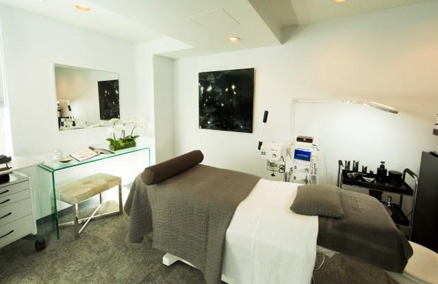 PFrankMD Skin Salon