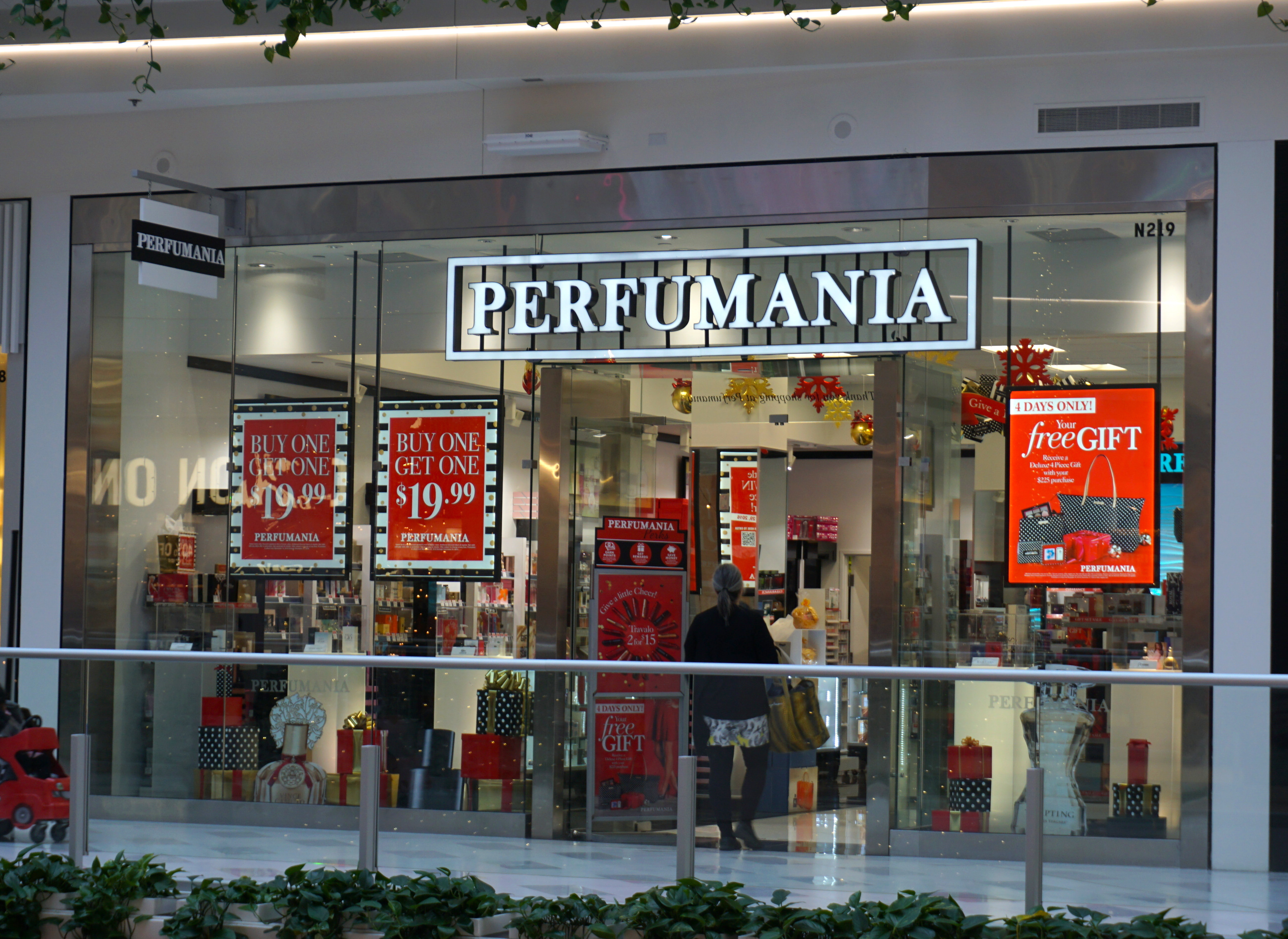 A Perfumania storefront.