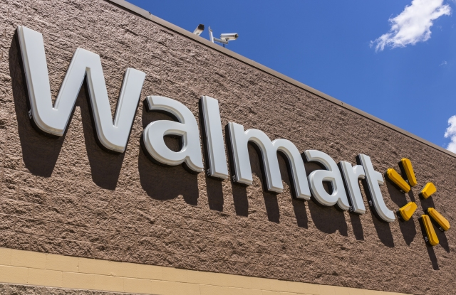 Wal-Mart is said to be developing a pop-up format.