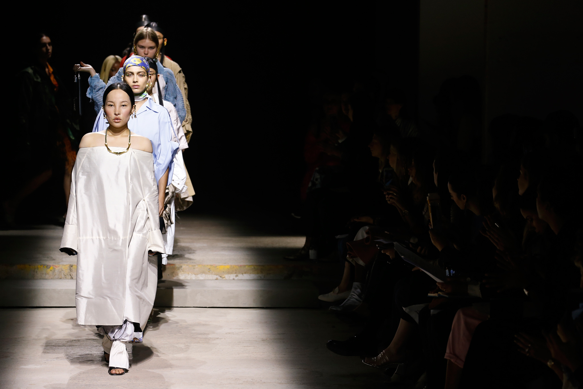 02_Asai-Fashion-East-RTW-spring-2018-london-fashion-week-14