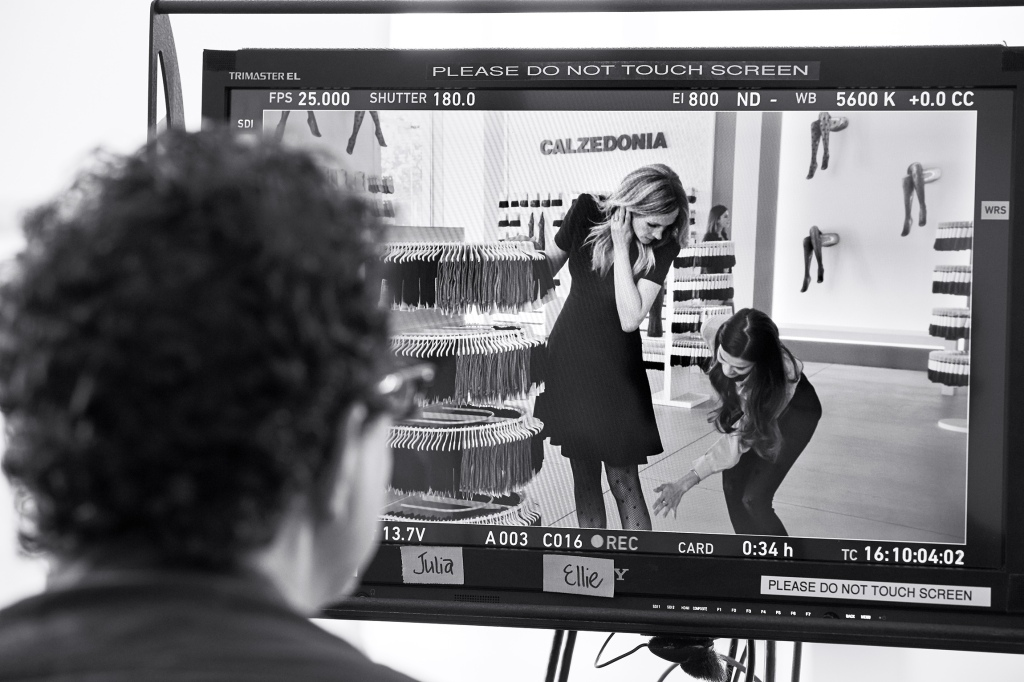 A backstage image of the new Calzedonia TV spot, starring Julia Roberts.