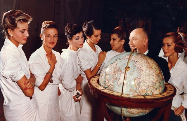 Christian Dior with models, ca. 1955.