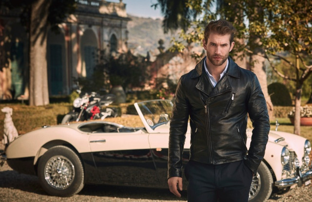 German model and social influencer André Hamann is the face of Trussardi Riflesso.