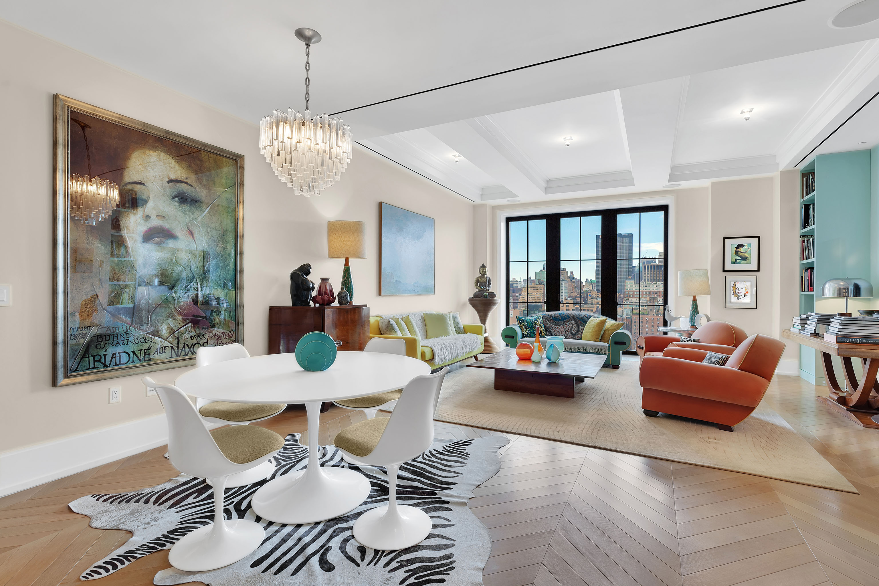 See Inside The Apartment Laura Mercier Just Sold