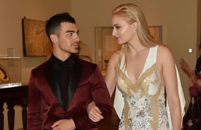 PREMIUM RATES APPLY.Please contact your sales rep or metgala@shutterstock.com with any enquiriesMandatory Credit: Photo by Andrew H. Walker/REX/Shutterstock (8770841ef)Joe Jonas and Sophie TurnerThe Costume Institute Benefit celebrating the opening of Rei Kawakubo/Comme des Garcons: Art of the In-Between, Inside, The Metropolitan Museum of Art, New York, USA - 01 May 2017