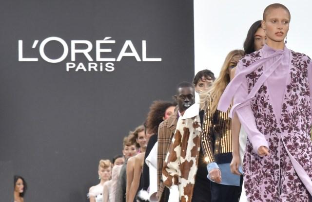 Adwoa Aboah and models on the catwalkL'Oreal show, Runway, Spring Summer 2018, Paris Fashion Week, France - 01 Oct 2017