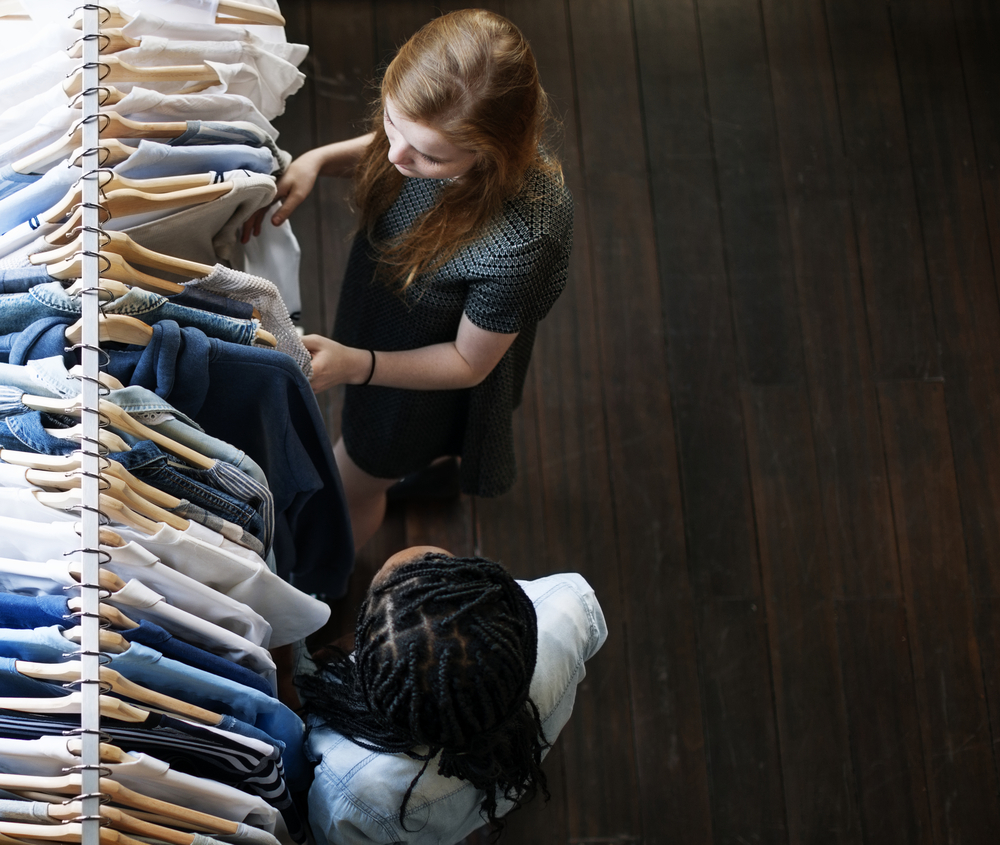 Apparel retailers and brands can better execute mobile commerce capabilities.