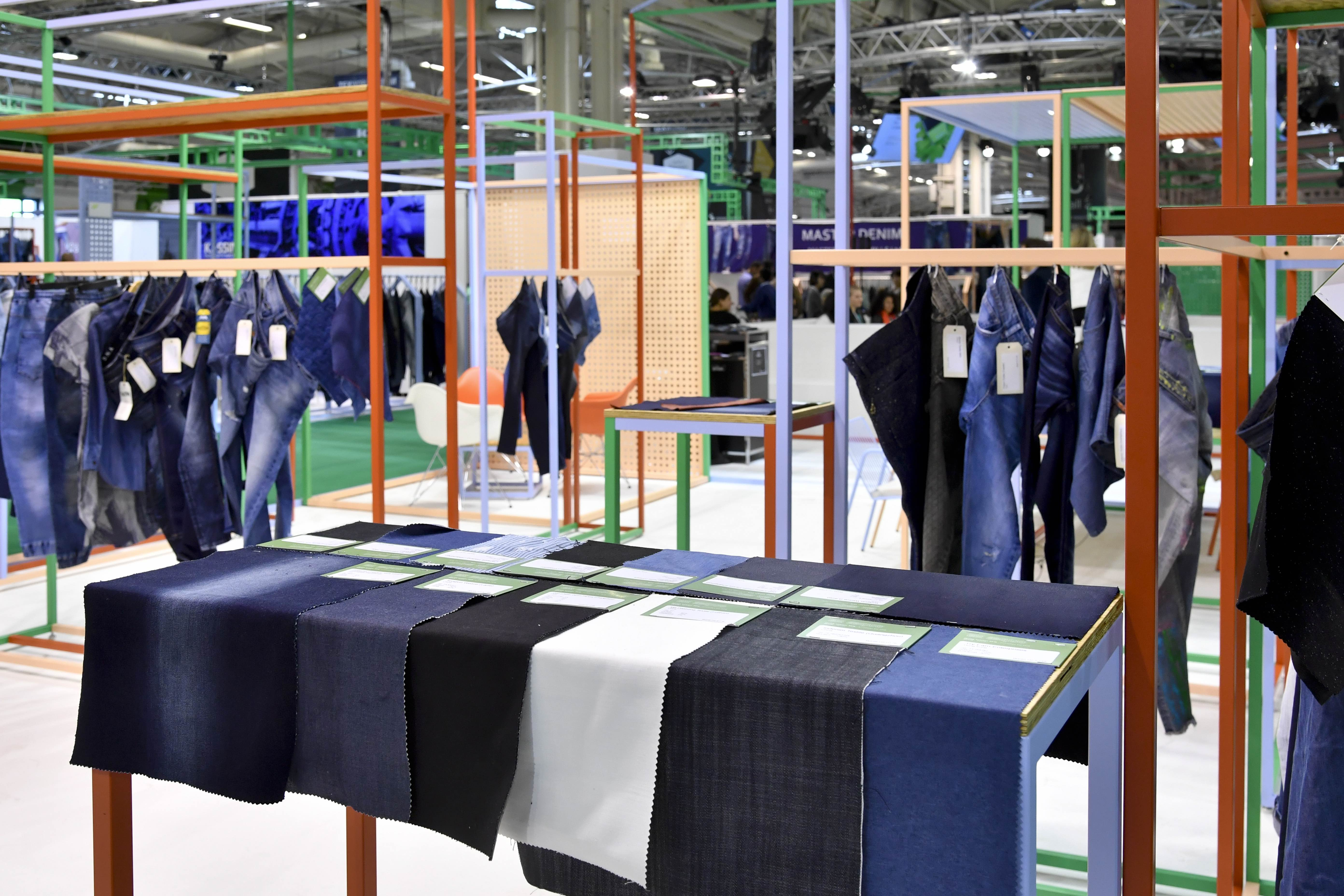 Paris Trade Shows: Texworld, Apparel Sourcing, Avantex, Shawls & Scarves and Texworld Denim