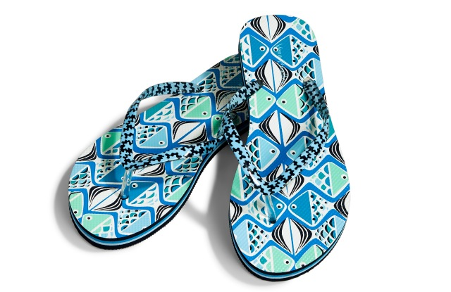 Flip flops come in patterns that match the handbags.