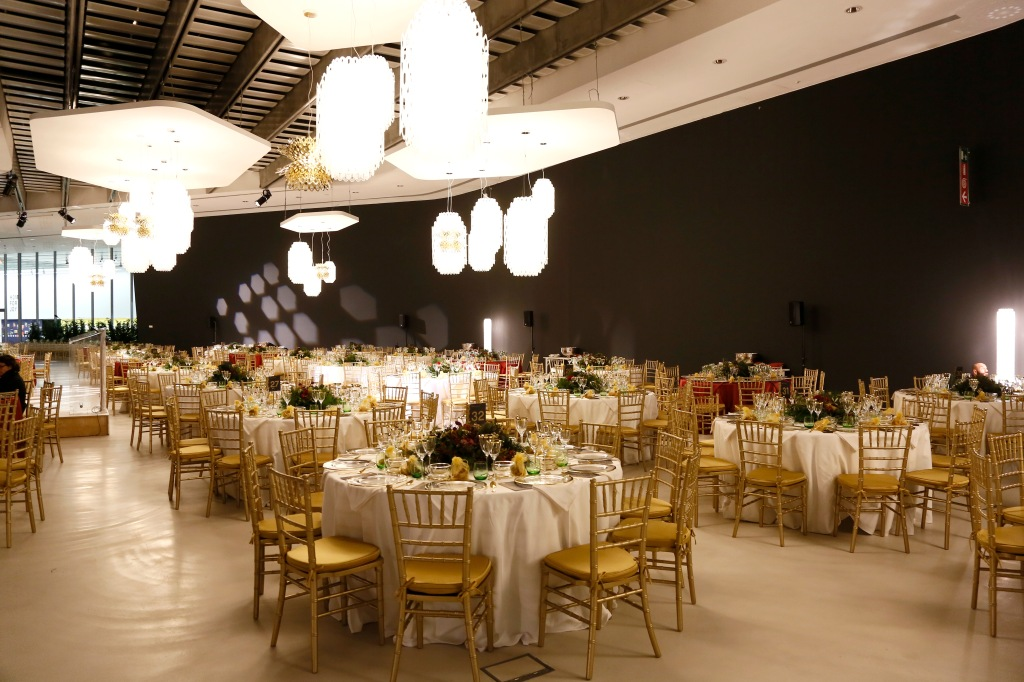 A scene from the MAXXI Acquisition Gala Dinner.