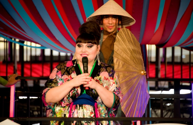 Beth Ditto performing at Galeries Lafayette