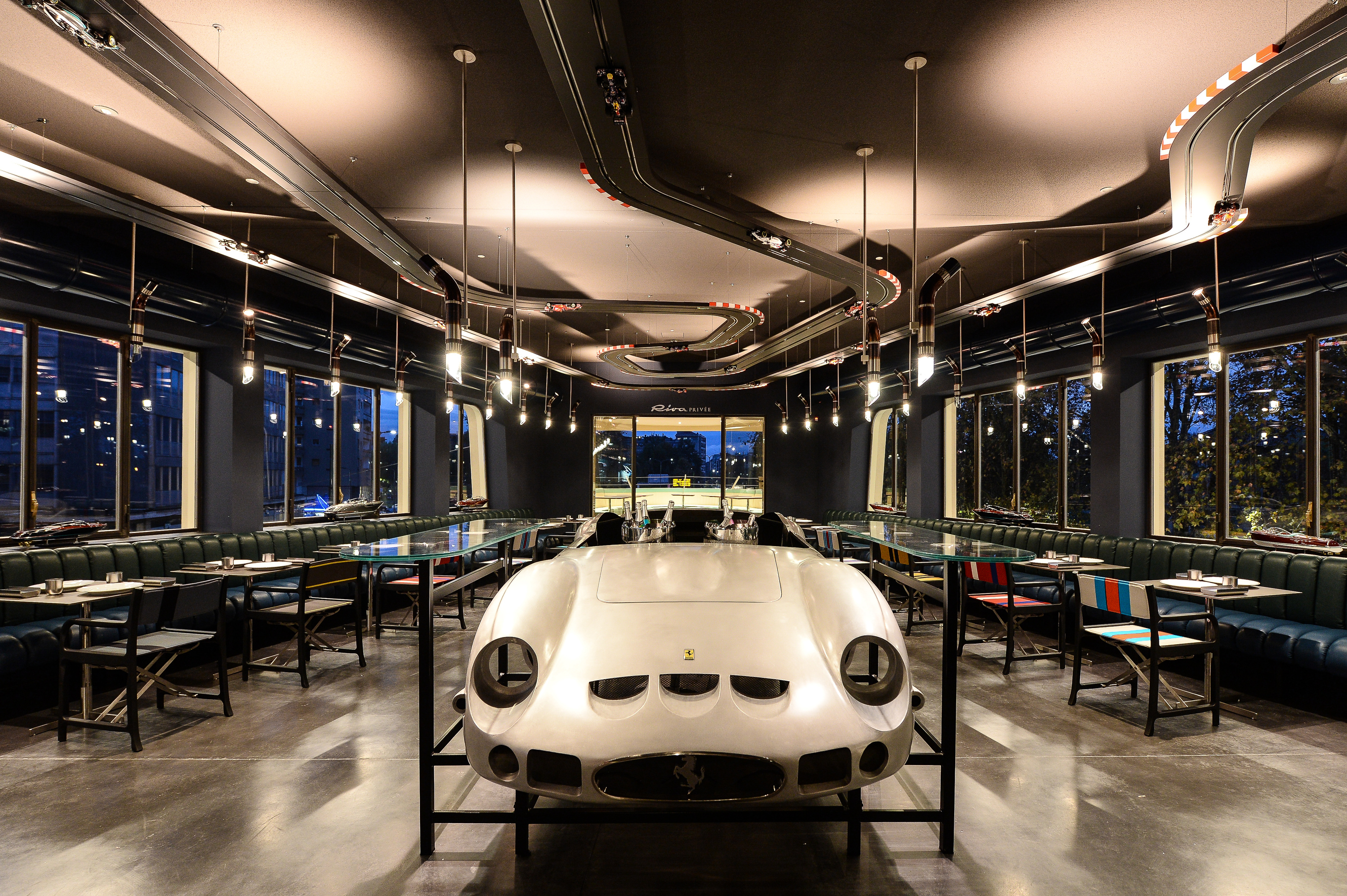 Carlo Cracco's restaurant at Garage Italia's headquarters