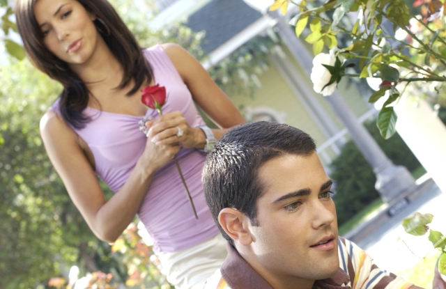 Eva Longoria and Jesse Metcalfe in 'Desperate Housewives' Television