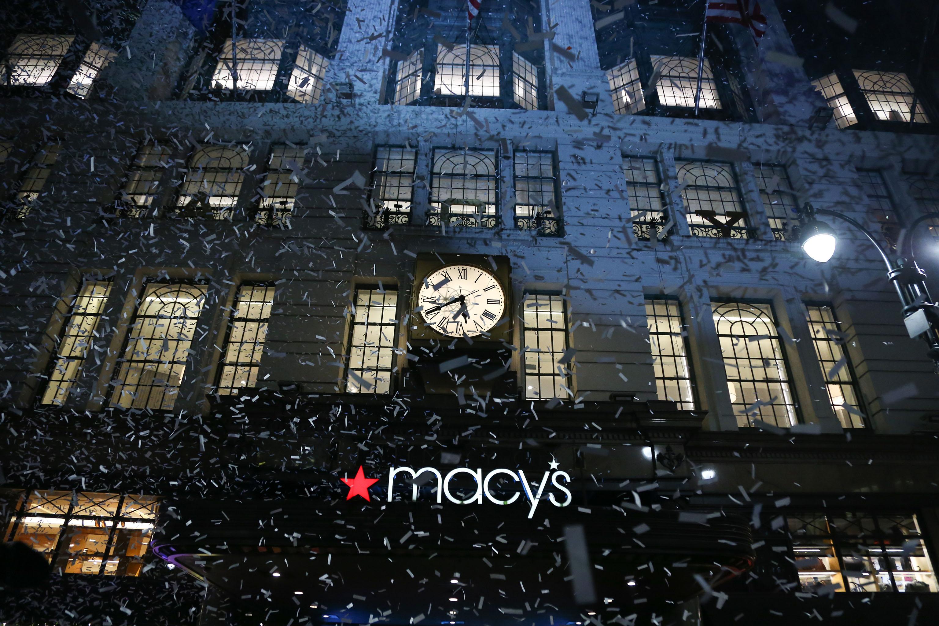Macy's unveils Christmas windows that celebrate New York City.