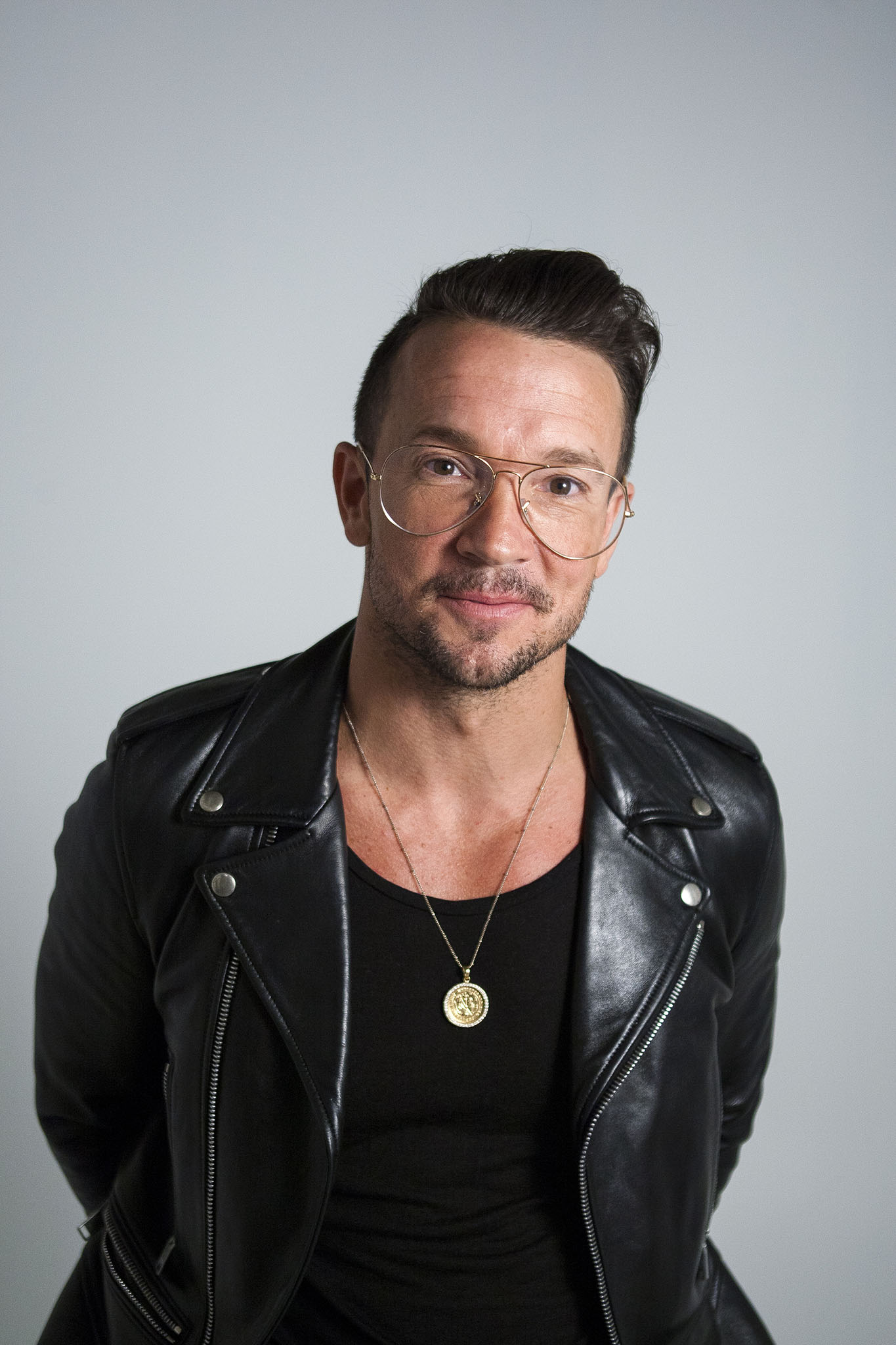 Pastor Carl Lentz Talks Preaching In Ripped Jeans Bonding With Bieber Wwd