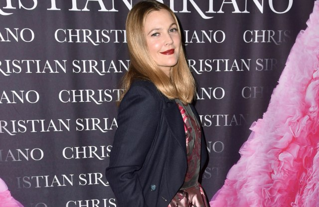 Drew Barrymore 'Dresses to Dream About' book launch, Arrivals, New York, USA - 08 Nov 2017WEARING CHRISTIAN SIRIANO