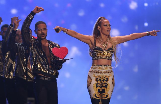 American singer Jennifer Lopez performs at the Air Show Gala in Dubai, United Arab EmiratesJennifer Lopez, Dubai, United Arab Emirates - 15 Nov 2017