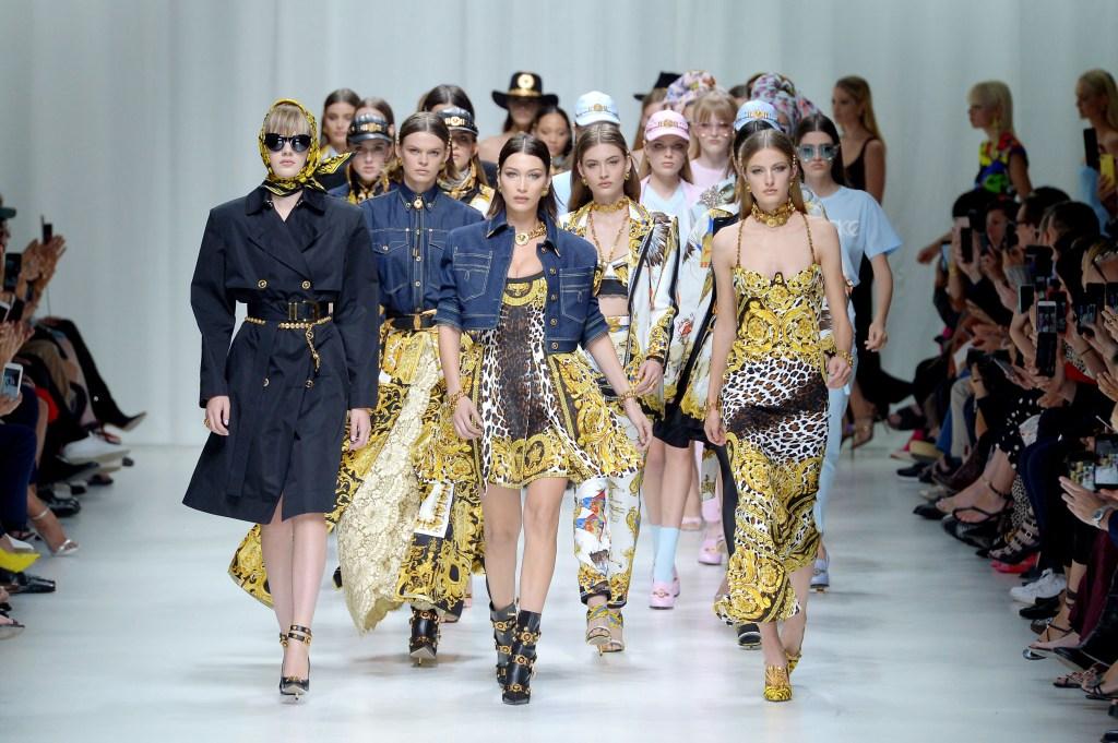 Bella Hadid on the catwalkVersace show, Runway, Spring Summer 2018, Milan Fashion Week, Italy - 22 Sep 2017