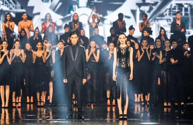 Elite Model Look World Final in Milan. Antonio Freitas and Valeria Chenskaya won the 34th edition of the modeling contest.