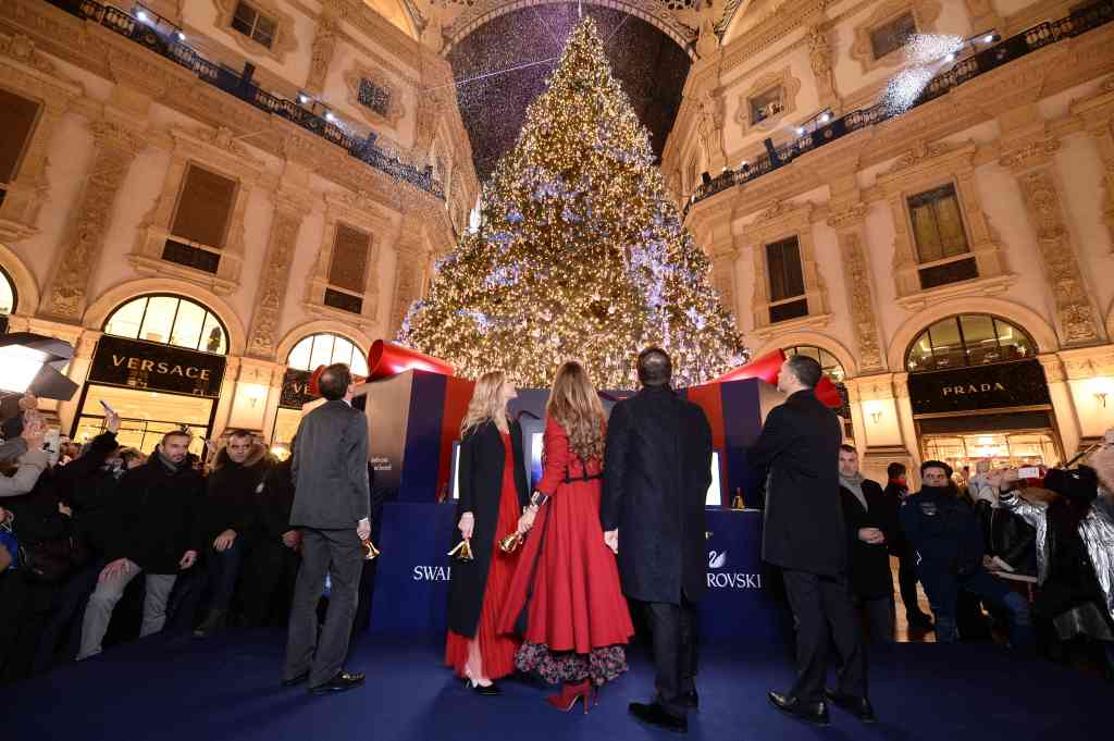 A moment of the lighting ceremony in Milan.
