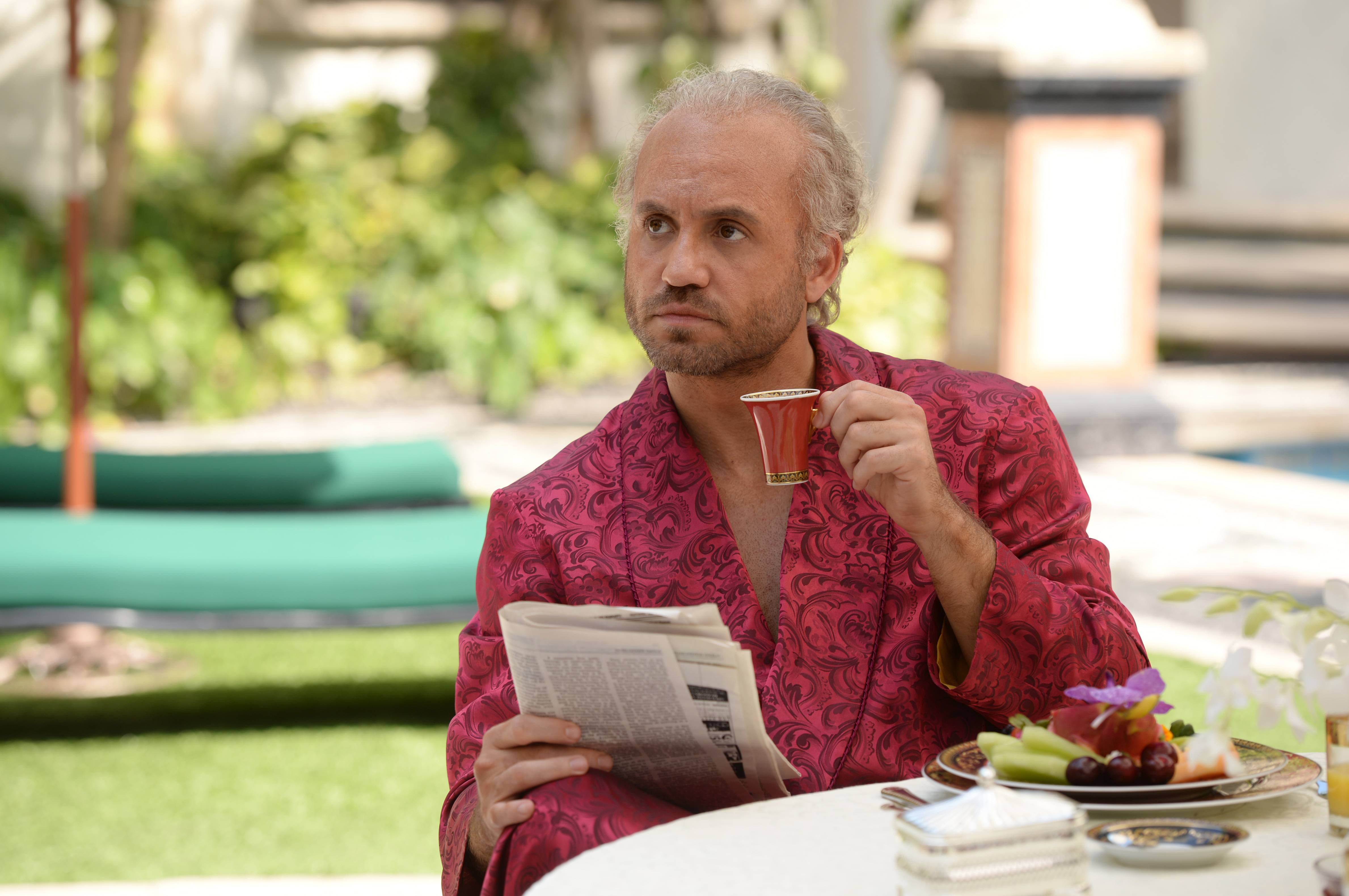 """THE ASSASSINATION OF GIANNI VERSACE: AMERICAN CRIME STORY """"The Man Who Would Be Vogue"""" Episode 2 (Airs Wednesday. January 24, 10:00 p.m. e/p) -- Pictured: Edgar Ramirez as Gianni Versace. CR: Jeff Daly/FX"""