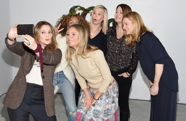NEW YORK, NY - JANUARY 27:  (L-R) Drew Barrymore, Elaine Welteroth, Gwyneth Paltrow, Chelsea Handler, Gilian Flynn and Laura Linney attend the in goop Health Summit on January 27, 2018 in New York City.  (Photo by Dimitrios Kambouris/Getty Images for Goop)