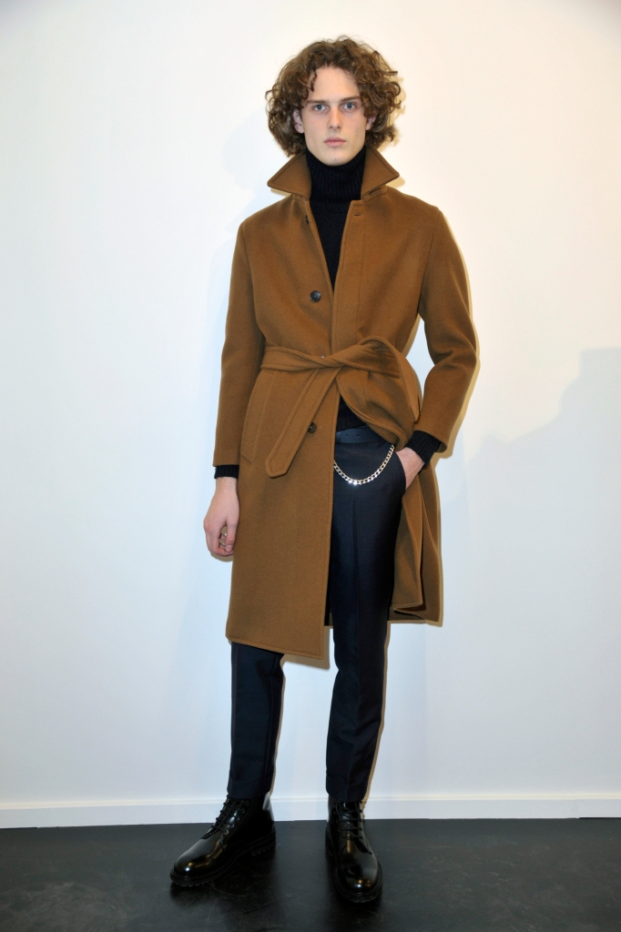 A look from Eidos Fall 2018 collection